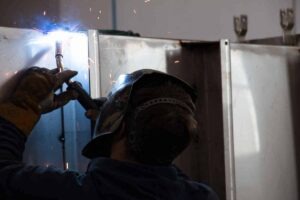 Dedicated stainless steel room enhances welding shops' TIG results